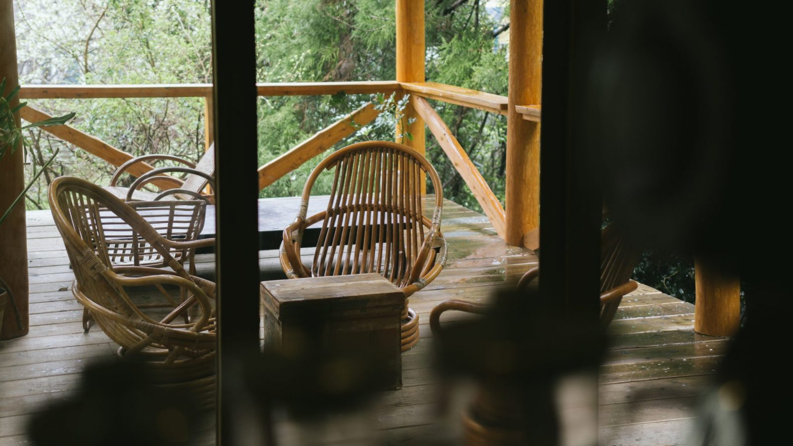 Covered deck in rainy day shimoda